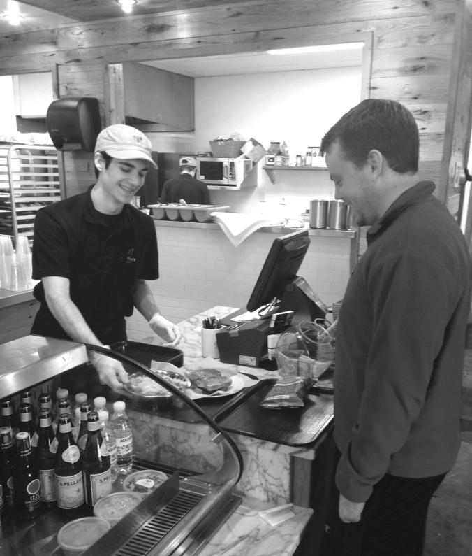 memphis-cafe-best-salad-sandwich-high-point-terrace-cheffies-cafe-summer-patio-2